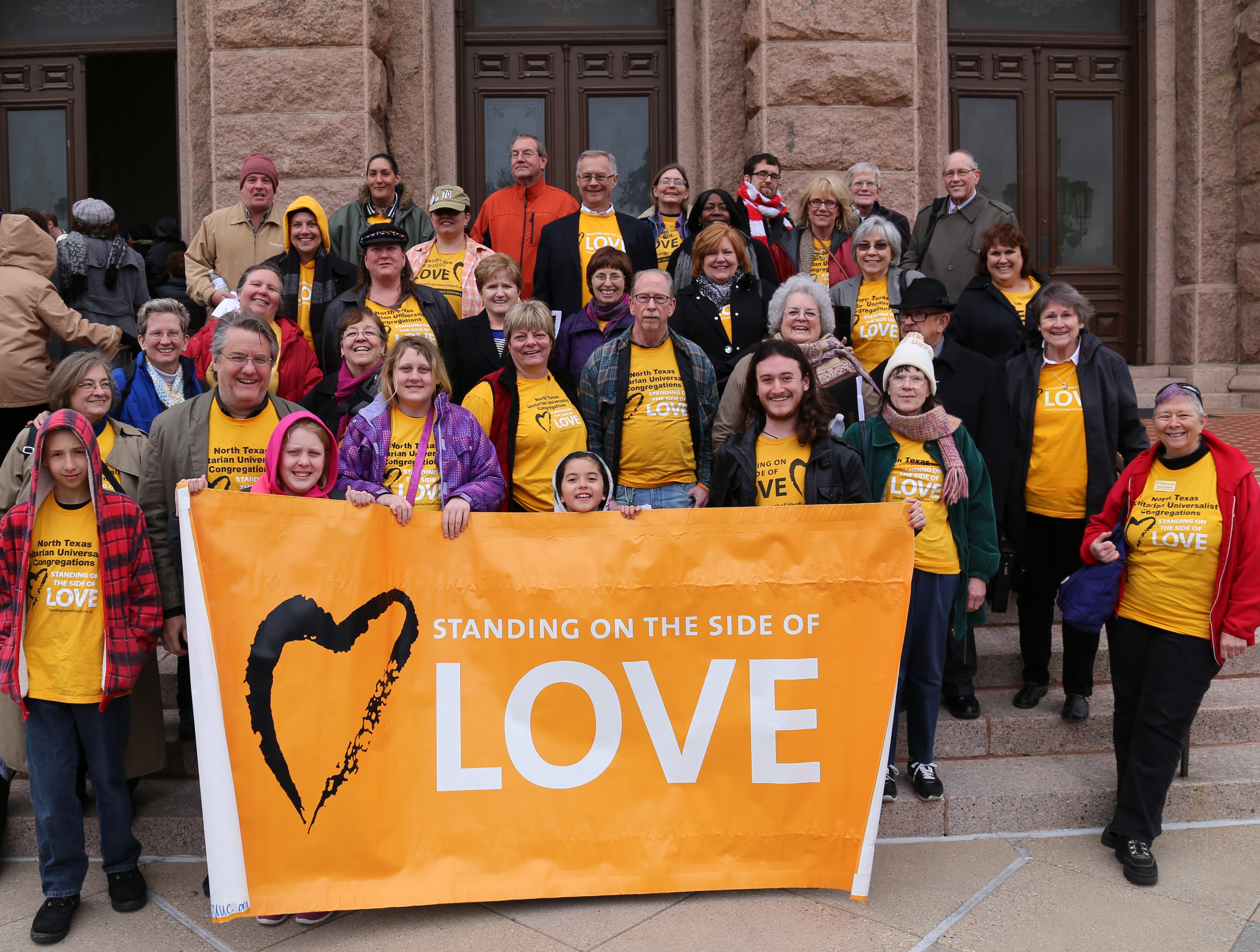 UUs on steps of Texas State Capitol